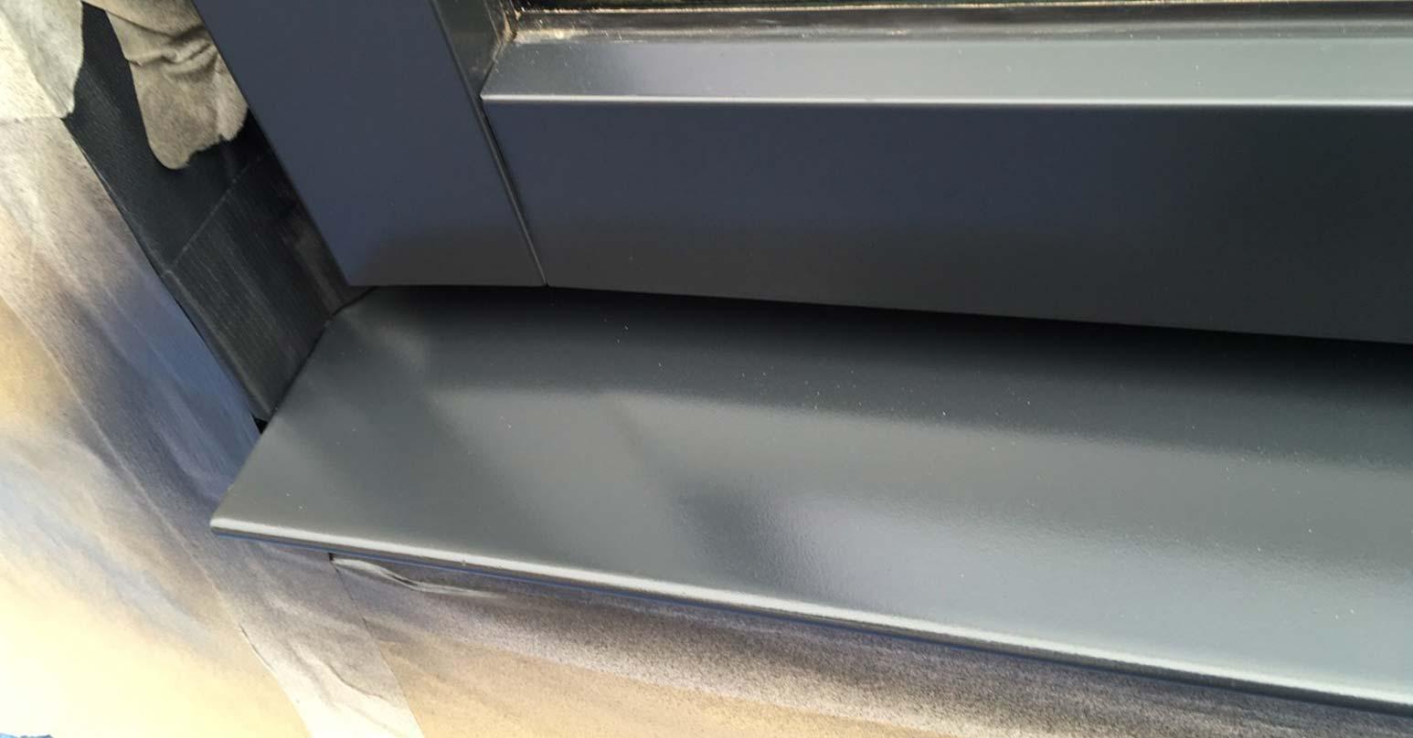 Metal window frame - After repair